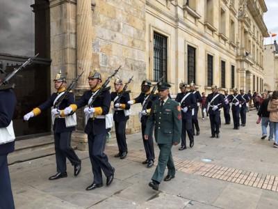 Bogota Colombia Guard Change