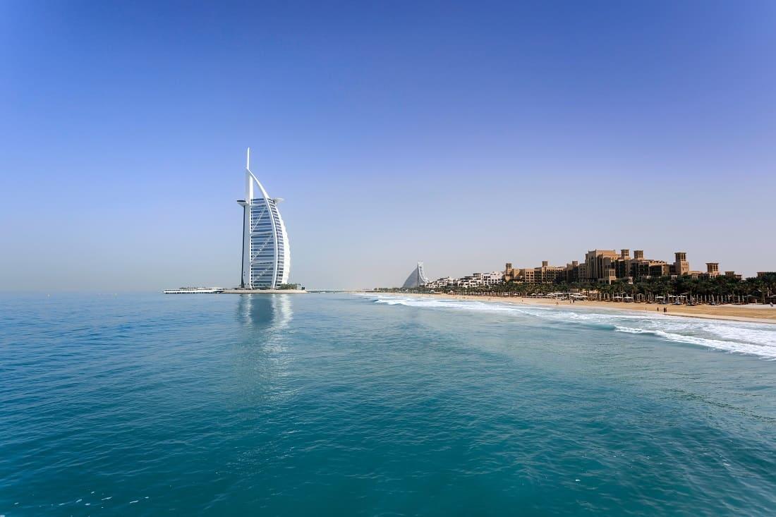 How to Explore Dubai
