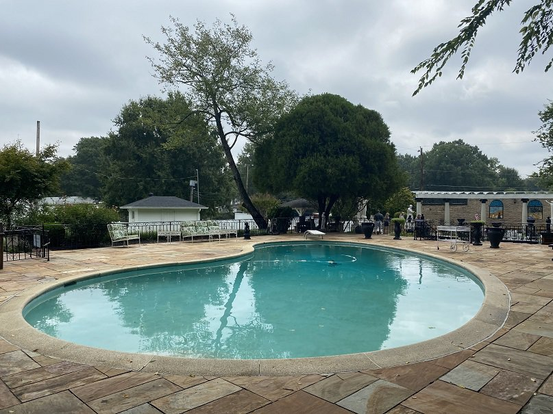 Graceland Pool
