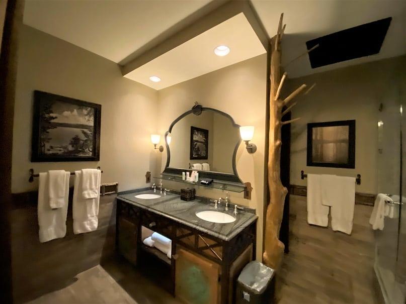 Big Cypress Lodge Bathroom 1