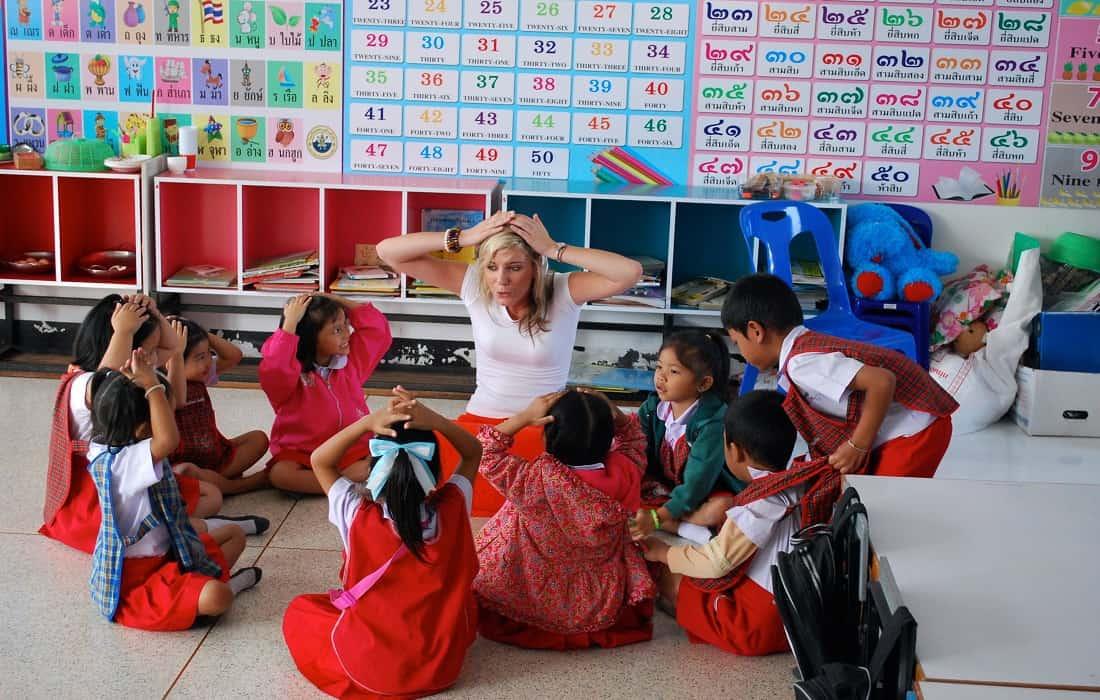 volunteering work overseas